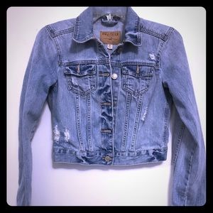 Hollister Cropped Jean Jacket Small